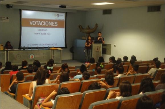 Presentación ante estudiantes